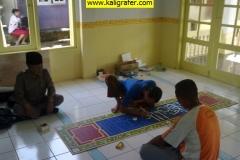 Kaligrafi-Masjid-Karawang-Kulon-Tripleks-1