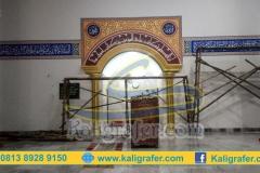 Ahli-kaligrafi-masjid