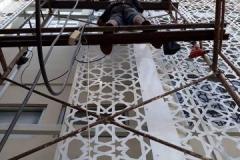 proses-pembuatan-ornamen-geometris-bahan-galvanis-besi-3