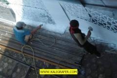 proses-pembuatan-ornamen-geometris-bahan-galvanis-besi-4