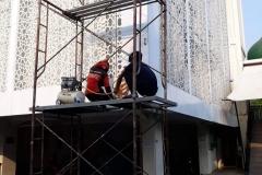 proses-pembuatan-ornamen-geometris-bahan-galvanis-besi-5