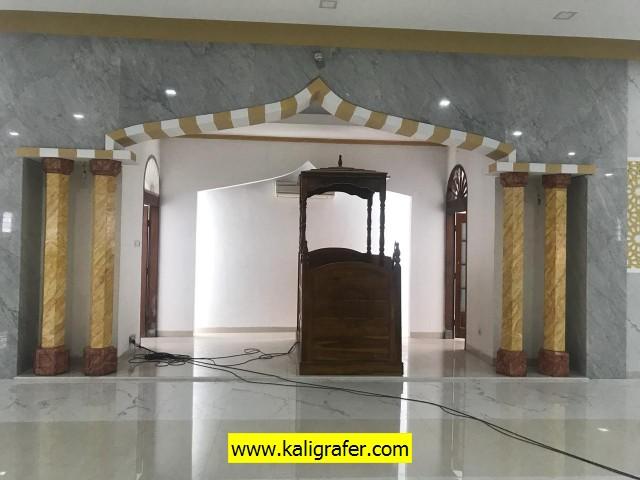 tiang-mihrab-masjid-model-lukis-keramik-2